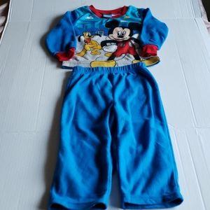 Disney Mickey Mouse & Pluto Boy 2 Piece Pajama Set